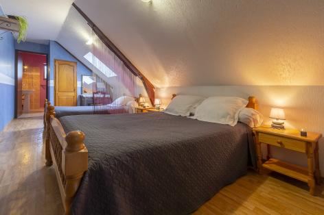 6-Lourdes-Bartres-chambres-d-hotes-La-Ferme-LAURENS--4-.jpg