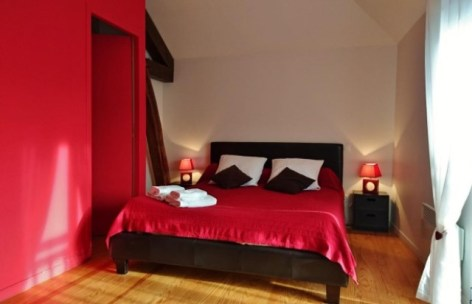 8-chambre-rouge-3.jpg