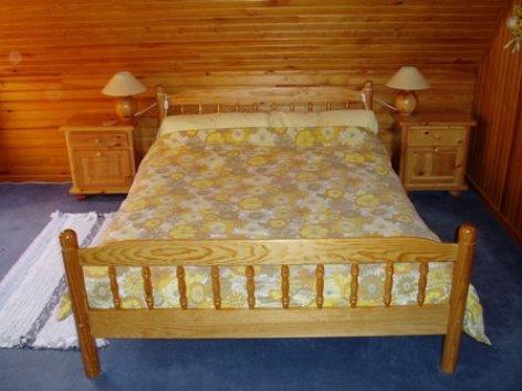 6-main-bedroom.JPG