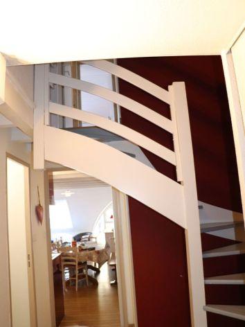 7-302-09-Escaliers.jpg