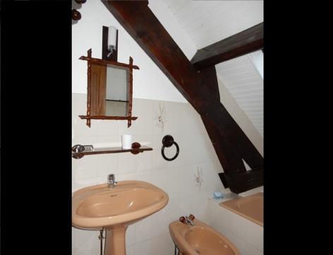 12-GRIS-Christine---Salle-de-bain.jpg