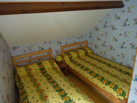 8-chambre3-bourzeau-sassis-HautesPyrenees.jpg