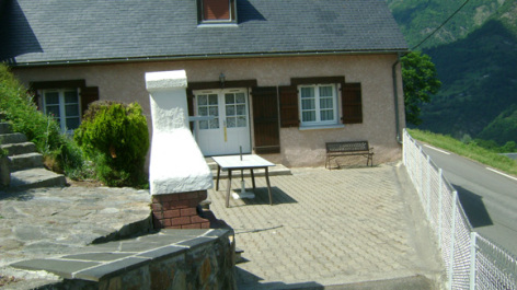 8-terrasse-trescazes-sazos-HautesPyrenees.jpg