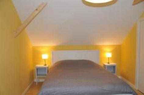 6-chambre-jaune.jpg