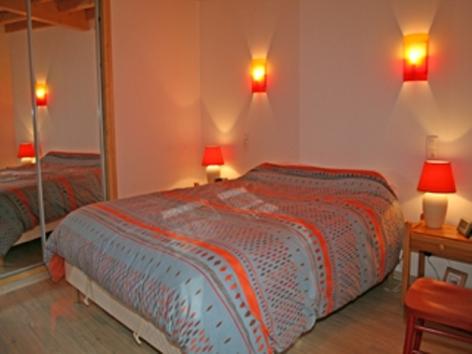 2-Courtade-Jean-Claude-chambre-2.jpg