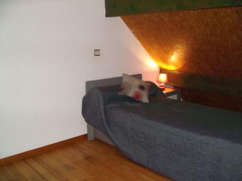 5-chambre2-theil-esterre-HautesPyrenees-2.jpg