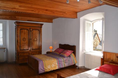 11-chambre6-lanne-aucun-HautesPyrenees.jpg