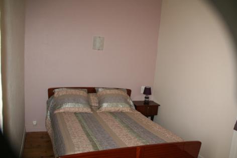 9-chambre3-lanne-aucun-HautesPyrenees.jpg