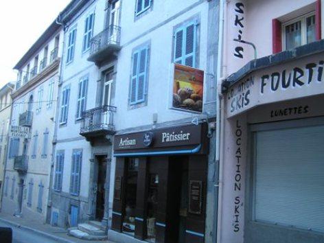 2-facade1.JPG