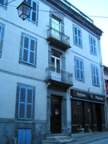 4-facade4-3.JPG