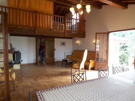 1-Location-maison-et-villa-hautes-pyrenees-HLOMIP065CM04574-g1.jpg