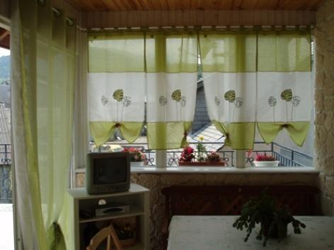 4-salon2-place-ayzacost-HautesPyrenees.jpg.JPG