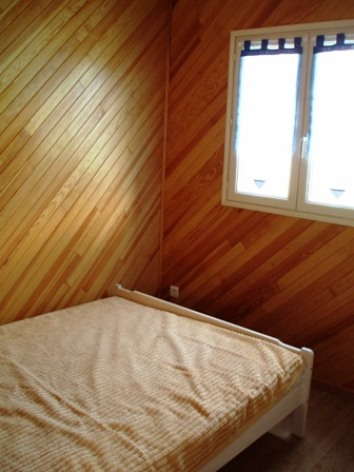 7-chambre1-place-ayzacost-HautesPyrenees.jpg.JPG