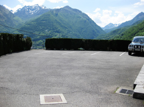 10-parking2-borderolle-sazos-HautesPyrenees.jpg