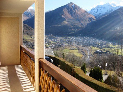 2-balcon-borderolle-sazos-HautesPyrenees.jpg