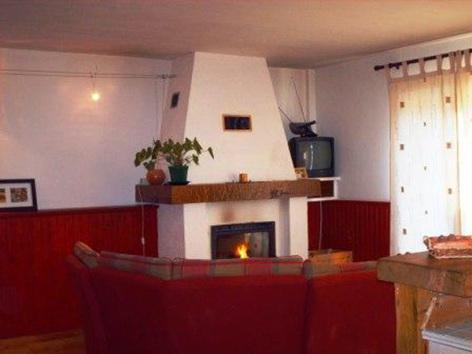 0-HPM73---La-Maison-de-Manair---Coin-salon.jpg