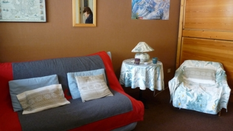 0-Location-studio-hautes-pyrenees-HLOMIP065FS00C4Q-g5.jpg