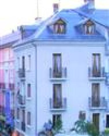 9-BUNES-Jeanne-facade.jpg