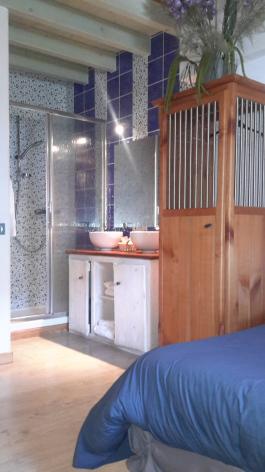 1-chambre2-gentianes-viella-HautesPyrenees.jpg