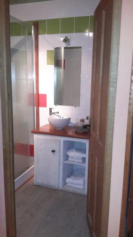 4-chambre6-gentianes-viella-HautesPyrenees.jpg