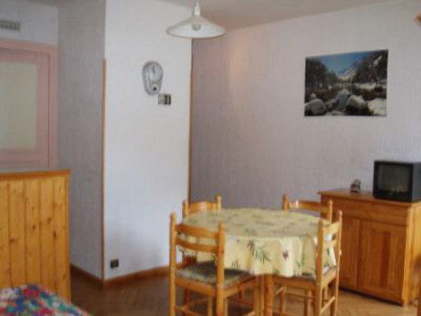 0-Location-studio-hautes-pyrenees-HLOMIP065FS00CBT-g.jpg