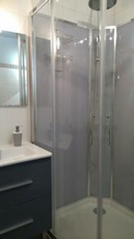 8-RUIZ-Salle-de-bain-2--T2.JPG