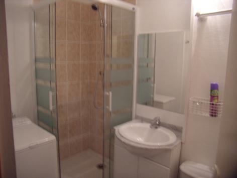 7-4-Cauterets-salle-d-eau-brossard.jpg