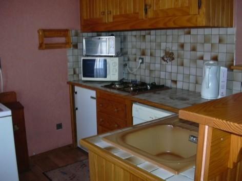3-LUG2061---Appt-Mme-Laporte-Chantal---cuisine-bis.jpg