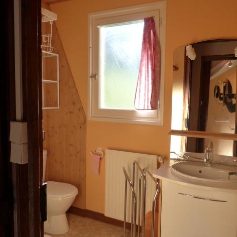 7-CRETIN-Michel-8pers-salle-de-bain.jpg
