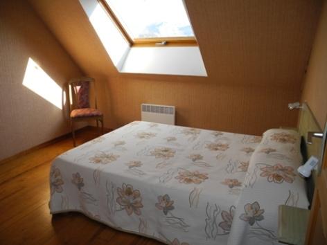 2-chambrebis-habatjou1-ayzacost-HautesPyrenees.jpg