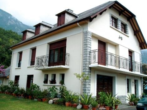 0-facade-lacrampe-agosvidalos-HautesPyrenees.jpg