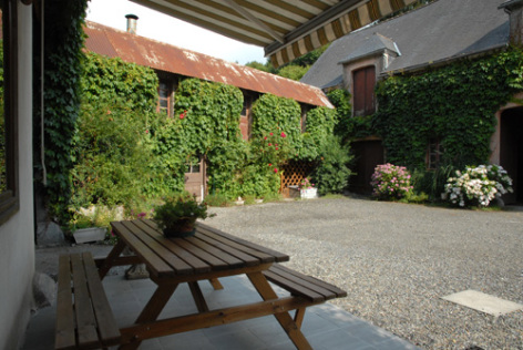 4-terrasse1-aurignac-agosvidalos-HautesPyrenees.jpg..jpg