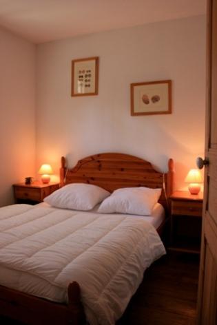 5-chambre1-dessay2-pierrefittenestalas-HautesPyrenees.jpg.jpg