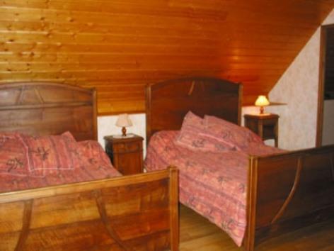 4-chambre-chambred-hotedubarry-pierrefittenestalas-HautesPyrenees.jpg