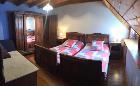 4-chambre2-chambred-hotedubarry-pierrefittenestalas-HautesPyrenees-2.jpg