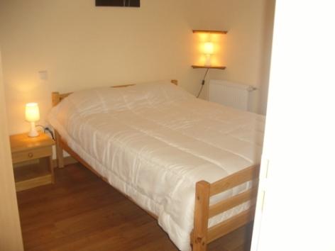 4-chambre-rivasseau1-argelesgazost-HautesPyrenees.jpg