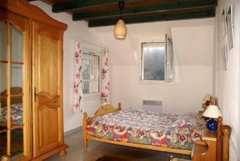 1-chambre1-valentin-ayzacost-HautesPyrenees.jpg