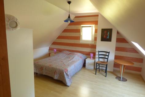 2-chambre1-valentin-ayzacost-HautesPyrenees-2.jpg