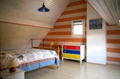 3-chambre3-valentin-ayzacost-HautesPyrenees.jpg