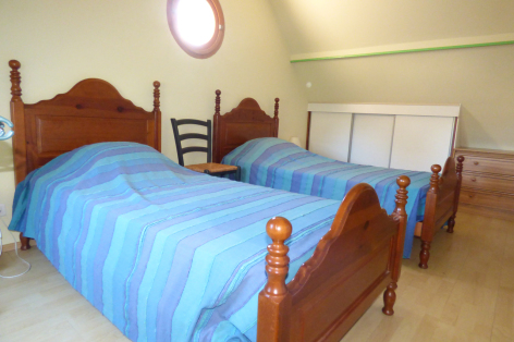5-chambre3-valentin-ayzacost-HautesPyrenees-2.jpg