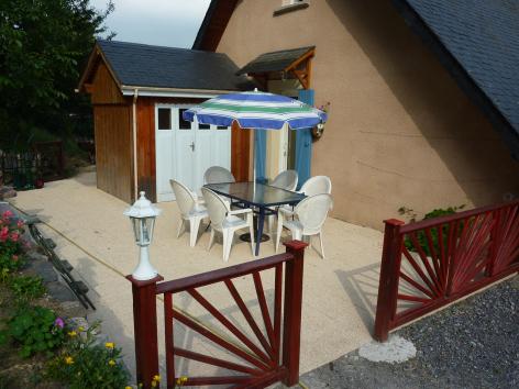 7-terrasse-valentin-ayzacost-HautesPyrenees.jpg