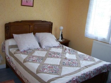 3-chambre1-reyquandalle-laubalagnas-HautesPyrenees.jpg.JPG