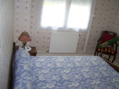 5-chambre3-reyquandalle-laubalagnas-HautesPyrenees.jpg.JPG