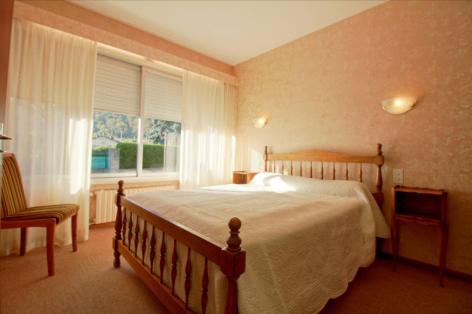 3-chambre1-vedere-argelesgazost-HautesPyrenees-3.jpg