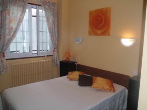 4-chambre-guiraudcasbostaagg044-ayzacost-HautesPyrenees.jpg