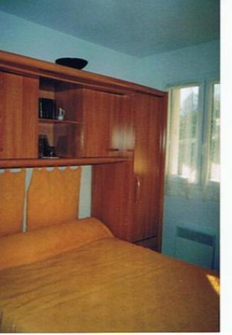 6-Cauterets-chambre.jpg