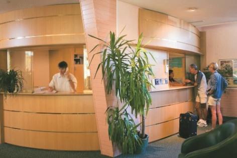0-reception-3.jpg