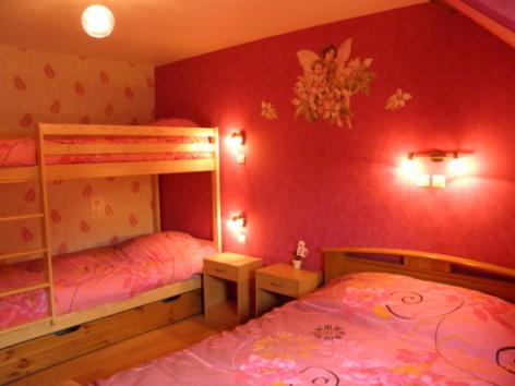 5-CHAMBRES-A-LOUER---Le-CAMPBIEILH-Chambre-2.jpg