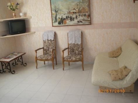 5-salon-lago-ayrosarbouix-HautesPyrenees.jpg