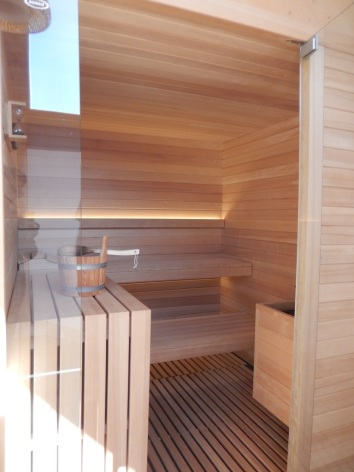 17-sauna-2-2.JPG